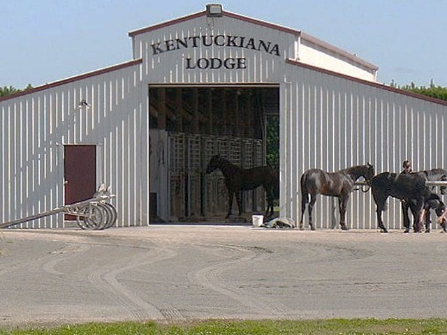 Image of Barn at Kentuckiana Lodge